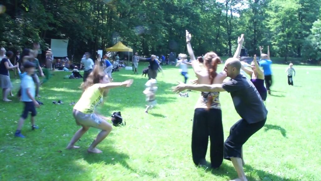 ParkuJeMyEko - joga smiechu 2